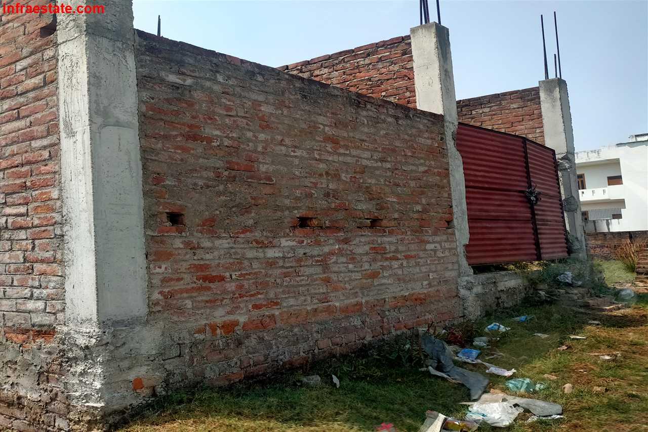 Duplex in Dev Nagar Colony, Sushwahi,BHU