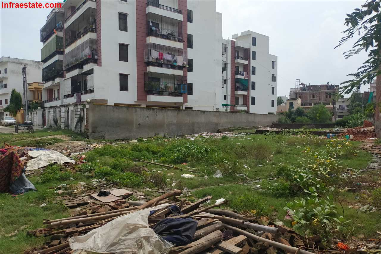 1.5 Biswa Plot at Vishwakarma Nagar